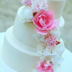 virágos esküvői torta Esküvői torták   PixiePie torta virágos esküvői torta