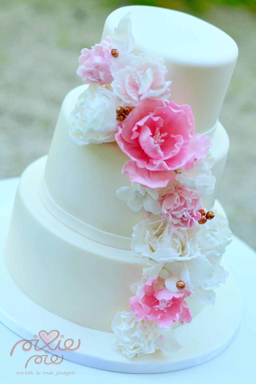 virágos esküvői torta Arany bogyós virágos esküvői torta   PixiePie torta virágos esküvői torta