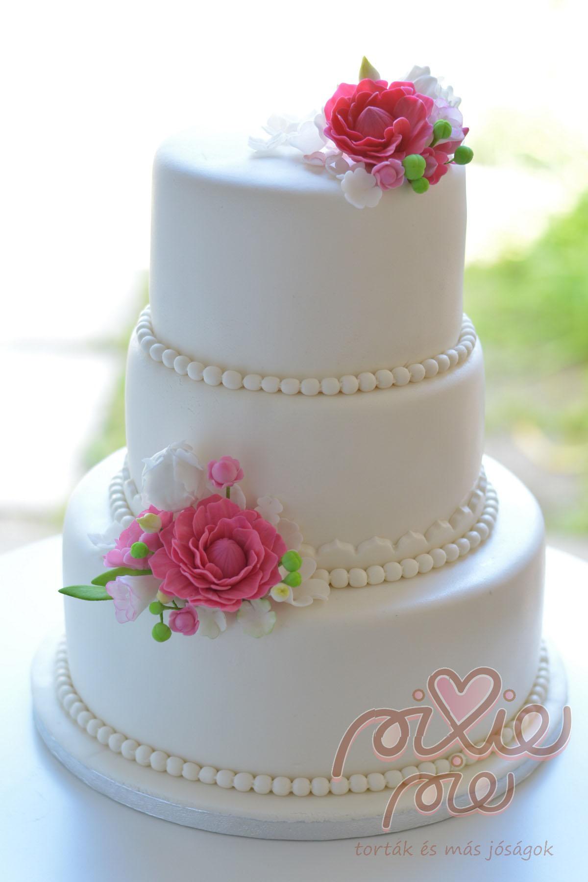 egyszerű esküvői torta Esküvői torta virágos   PixiePie torta egyszerű esküvői torta