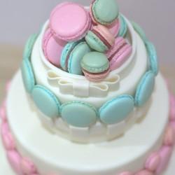 Macaronos esküvői torta