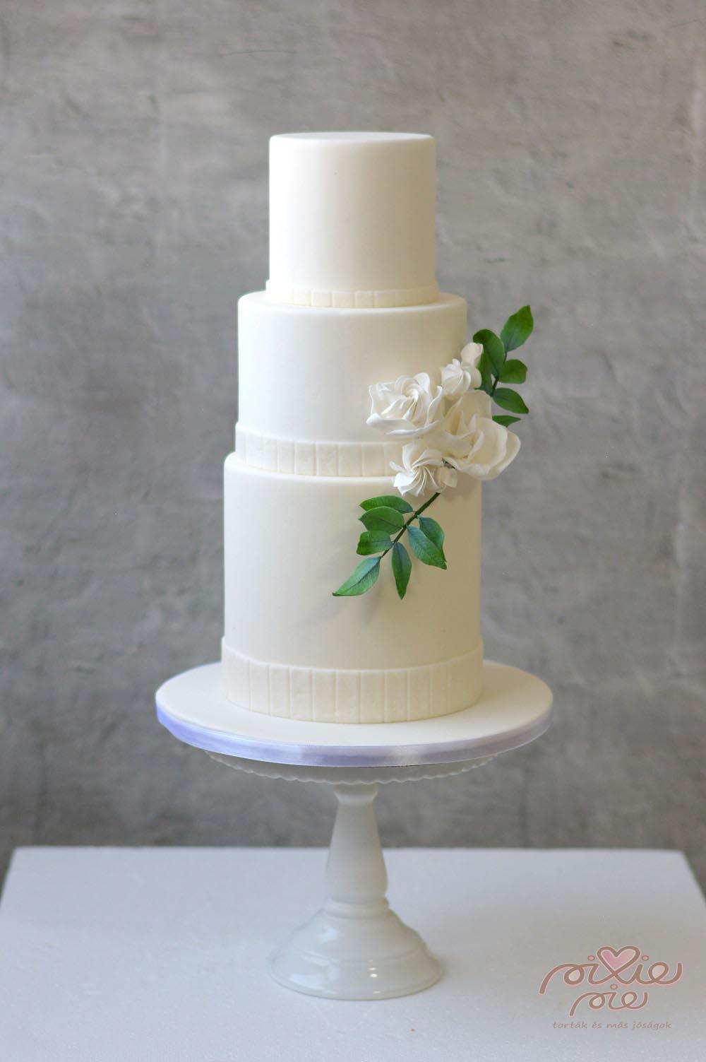 b74e96b1e5 Esküvői torták - PixiePie torta